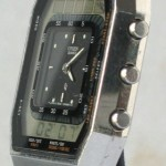 photo of vintage-citizen-timetracker-30-0055-digital-analog side view 2