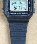photo of vintage casio-Lithium-W-700 band view