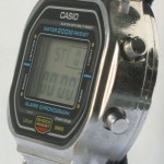 photo of vintage casio-DW-5800 side view 1