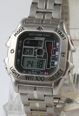 photo of vintage-citizen-promaster-D28A front view sm