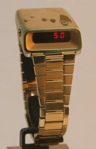 GP-Girard-Perregaux-LED-gold-3