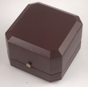 patek-philippe-red-brown-leather-small-box-3
